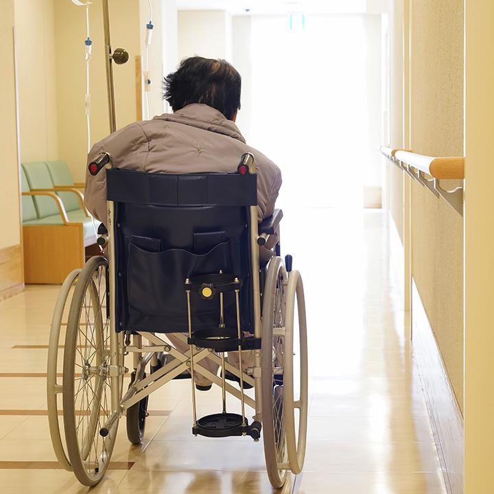 施設でケアを行っている介護職の場合
